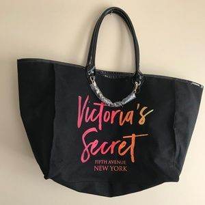 Victoria's Secret Love Victoria  Black Tote